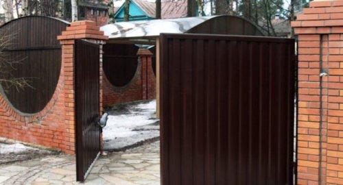Ворота распашные 1