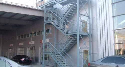Лестница пожарная 2